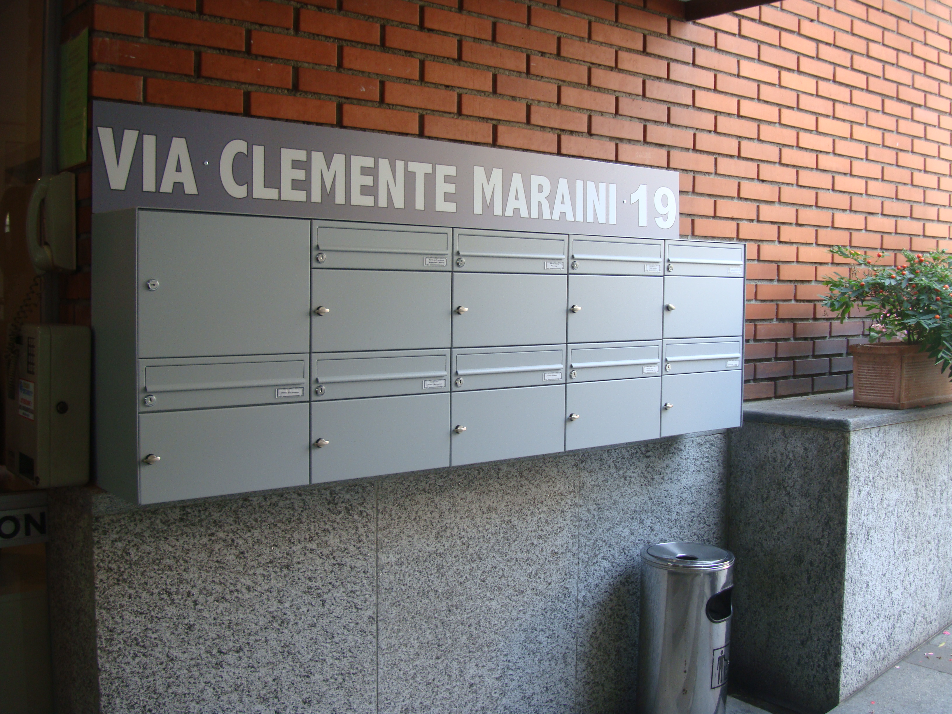 Bucalettere Maraini